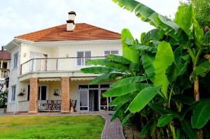 Как купить хороший дом в Сочи